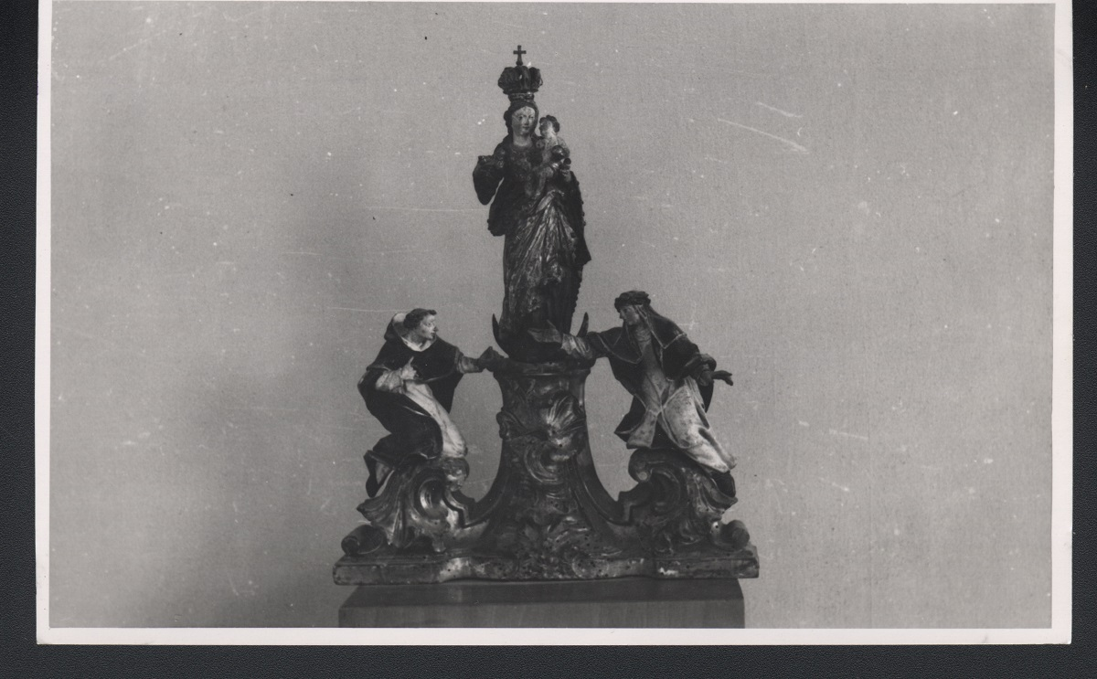 The miniature sculpture with St Dominic and St Clare in the Regional Museum Maribor, old photograph (source of the photo: Regional Archive Maribor)